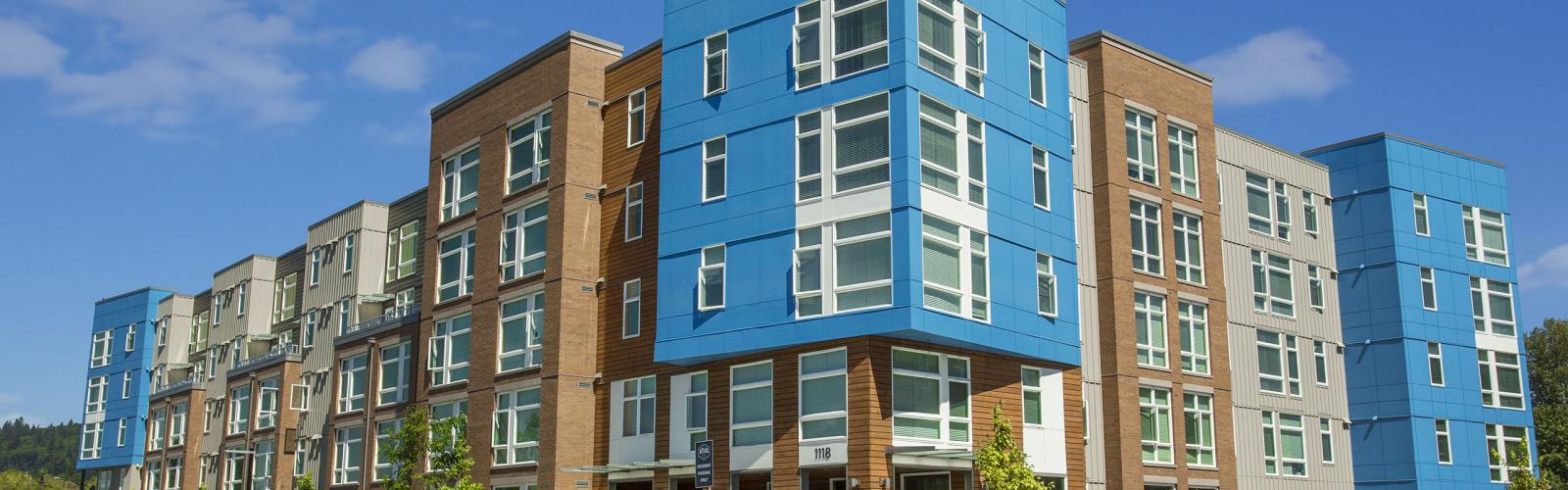 Photo of multifamily building.